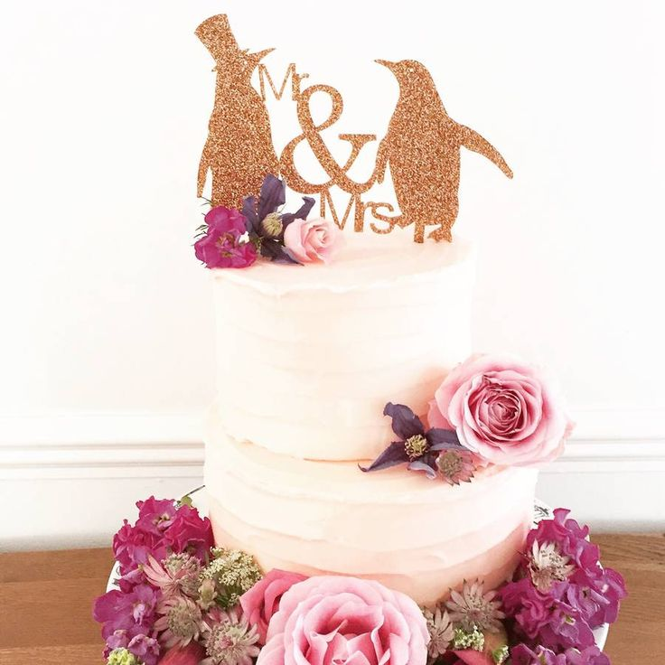 Our wonderful wedding cake topper is just perfect for creating that special finishing touch.Three sizes and lots of amazing colours including frosted blush (please see the image of the flamingos cake topper), pistachio, retro mint, soft pink, fuchsia pink, turquoise, bubblegum, primrose yellow, navy, black and glitters including gold (main image), copper, silver, teal and black. Or you could choose to have your cake topper made from bamboo (please see our 'Love Birds Monogram Wedding Cake…