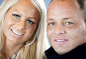 4-Jul-2014 13:49 - MICHAEL VAN DER PLAS KRIJGT EEN TAAKSTRAF. Michael van der Plas heeft een taakstraf van zestig uur opgelegd gekregen door de rechtbank van Den Haag. De man van Barbie is veroordeeld voor het afleveren van drugsresten.