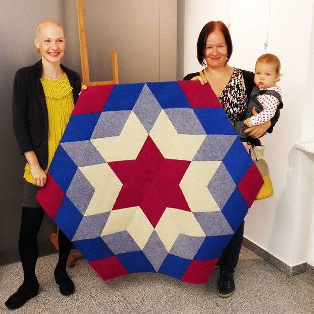 In the charity auction #carawonga #carpet #rug #modul #charity #donation #design #enterior #enteriordesign #home #homedesign #decor #homedecor #star #colorful #art #textile #play #diy #build #create  #eco #ecofriendly #puzzle #floor #geometry #etsy #etsyseller #etsyshop