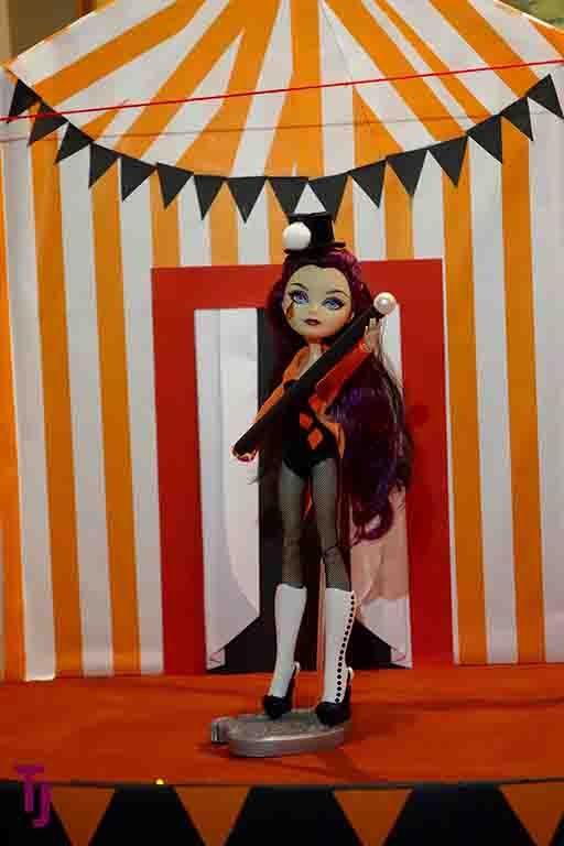 Halloween Display 2016 #Circus #Ringmaster #Halloween #DIY #Dollcrafts