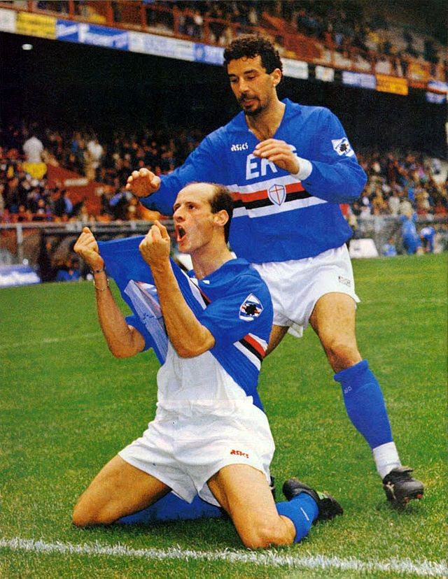 Attilio Lombardo (UC Sampdoria, 1989–1995, 201 apps, 34 goals + 2001–2002, 34 apps, 4 goals) rejoices after his goal in the 1990/1991 season, celebrated with teammate Gianluca Vialli.