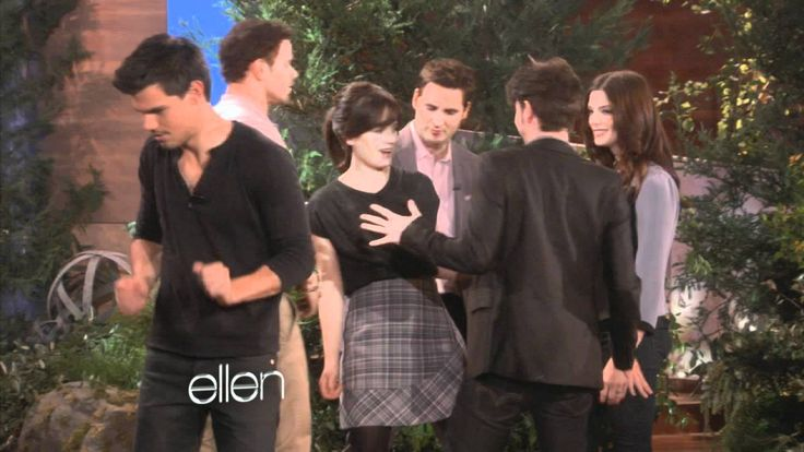 Ellen and The Twilight Cast after the Show BD1 2011