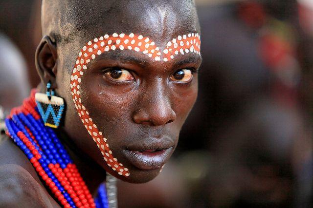 Africa |  Hamar man, Omo Valley, Ethiopia |  © Claude Gourlay, via FlickrCulture Adornment, Omo Valley, Claude Gourlay, La Région, Hamar People, Face Time, Face Art, Face Painting, Les Hamar