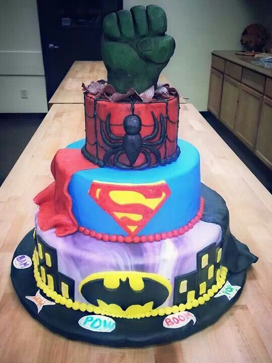 superhero themed wedding cakes wedding cake comic book wedding 20604