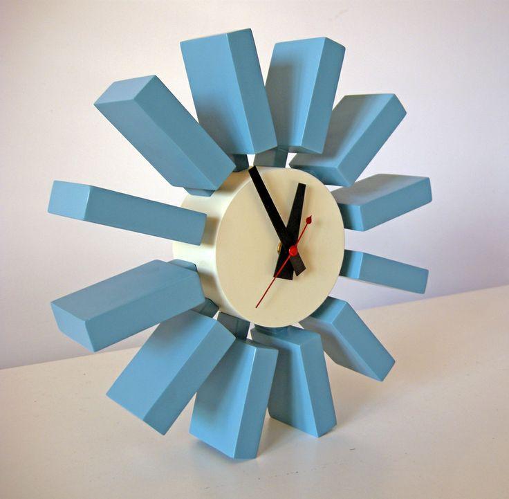 Orologio Block Clock,George Nelson, 1950.  Riedizione contemporanea (non marcata) del celebre orologio progettato da Nelson negli anni '50.