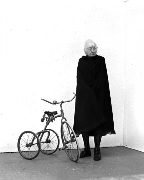 the life and career in photography of imogen cunningham Biographical material, correspondence, personal business records, notes, teaching files, writings, interview transcripts, printed material, and photographs document the life and career of photographer imogen cunningham.