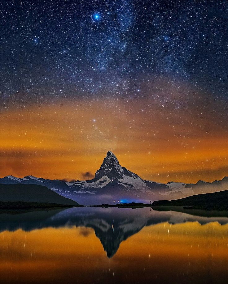BIRILERI MANZARA MI DEDI? Begeniyi haketmiyor mu sizce de   Credit to @roycebairphoto : presents the  N I G H T S C A P E R Photo Award to ... .  @skypointer2000 .  Volcano Fountain - Mt. Matterhorn Switzerland. Congratulations to Skypointer a commercial airline pilot and photographer living in Switzerland. 1 of 2 images we are featuring today by Skypointer. I took this image during the night after the Swiss National Day. After nightfall Switzerland is celebrating this day with fireworks…
