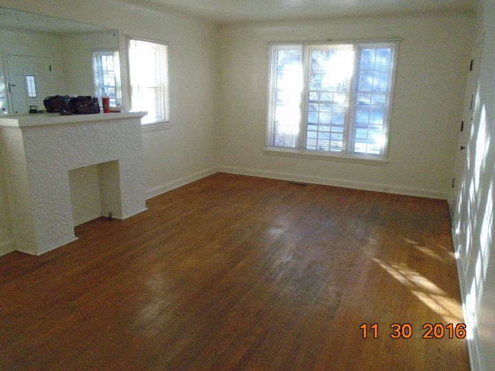 1 Bedroom 1 Bath Apartment Near Downtown Billings Mt Rentals All Utilities Paid Charming1 Bedroom 1 B Apartment Decorating Rental Apartment Fireplace Decor