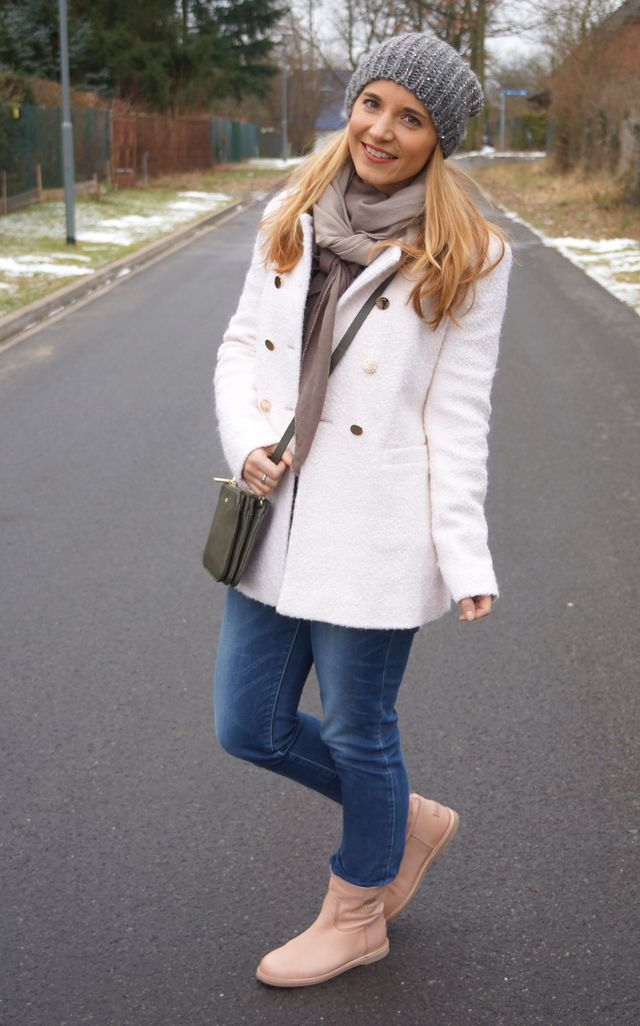 Outfit: Paul Costelloe Mini-Bag - GlamourSister.com