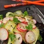 Японский салат с огурцом и редисом / Рецепты с фото / Алимеро