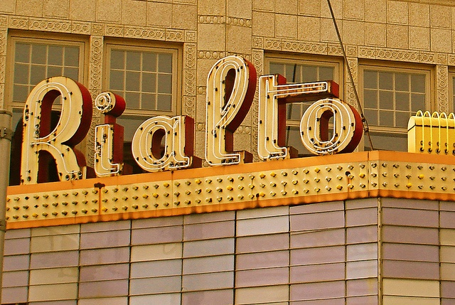 Rialto Theater, Ft Wayne, IN by Equinox27, via Flickr