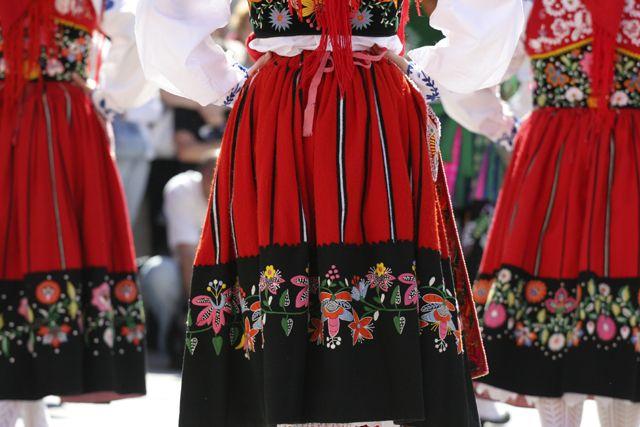 Viana do Castelo traditional costume