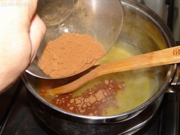 Aceasta combinatie miraculoasa arde toxinele acumulate in organism si va va improspata metabolismul. Pentru a o prepara aveti nevoie de: 400 de ml de apa 2 linguri de otet de...