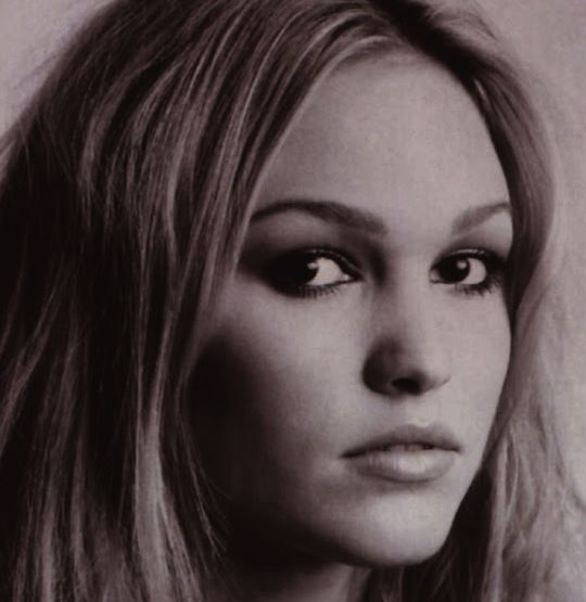 Where is Julia Stiles? What Happened to Julia Stiles? - http://gazettereview.com/2015/06/where-is-julia-stiles-what-happened-to-julia-stiles/