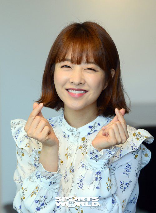 """[Interview] Park Bo-young, """"I am thankful for my popularity but it's just a moment"""""""