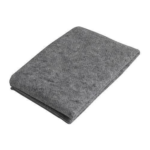 Dit antislip-ondertapijt houdt een vloerkleed op zijn plaats. Daarnaast wordt de kans op uitglijden verminderd en is het kleed gemakkelijker te stofzuigen. Het ondertapijt is gemakkelijk op maat te knippen of te vouwen.