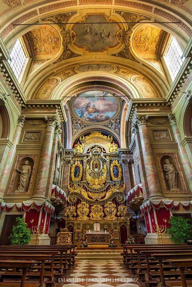"""Novembre 2015, l'interno della chiesa prepositurale """"Santa Maria Assunta"""" - http://www.gussagonews.it/novembre-2015-interno-chiesa-prepositurale-santa-maria-assunta/"""