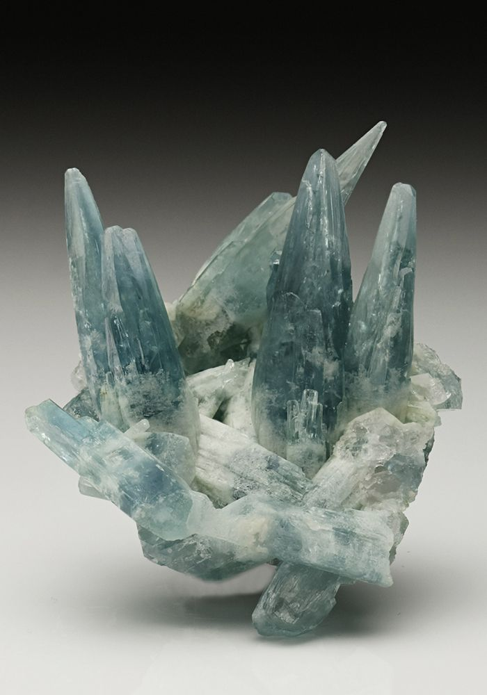 Aquamarine - Mimoso do Sul mine, Mimoso do Sul, Espírito Santo, Brazil