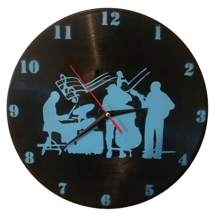 Ceas handmade din disc de vinil - BAND