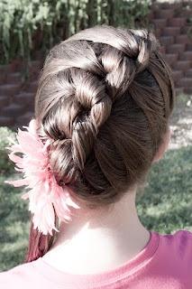 So many amazing hair styles! I love this french knot braid. Also check out the rib cage braid.