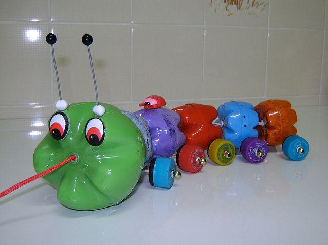 Juguete infantil con botellas de plástico #reciclaje