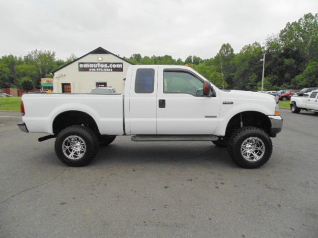 Just Lifted 2004 Ford F-250 Super Duty XLT Extended Cab ...