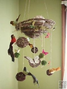 11. Bird's Nest - 29 DIY #Mobile Projects for #Nimble Fingers ... → DIY #Photopost
