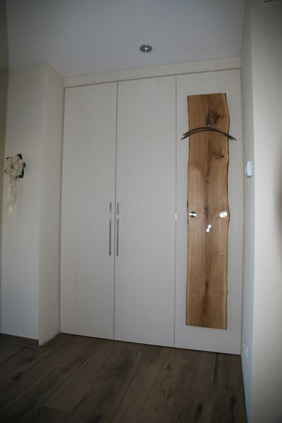 Garderoben nach Maß - Schreinerei van Assem gestaltet Ihre Möbel individuell nach Ihrem Wunsch.