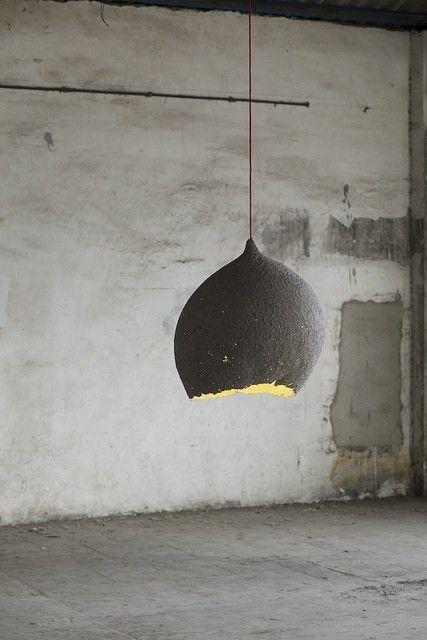 Plus de 1000 id es propos de deco int rieure sur pinterest voyage d co e - Lampe en papier mache ...