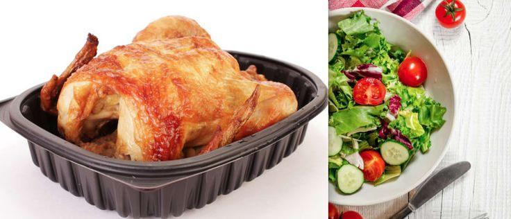 Aos domingos, eu preparo uma grande salada (eu gosto de usar alface, pepinos, tomate-cereja e milho) e a divido em cinco potes. Em cima, eu coloco fatias de frango assado de padaria. A salada e o frango permanecem frescos a semana toda! É uma comida saudável e barata. — Alice Von Kirschwasser, Facebook