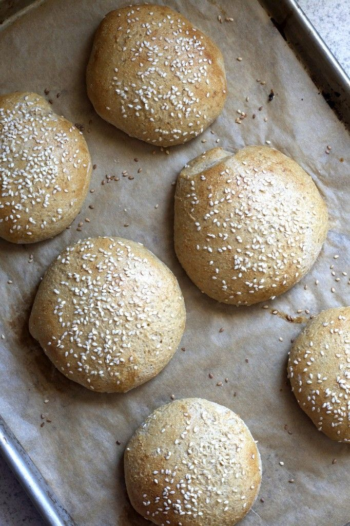 Developing a tasty menu that doesn't make me crave for meat or animal products. Homemade Whole Wheat Hamburger Buns! Deliciously Organic.: Food Recipes, Bread Buns Scones Rolls, Clean Eating, Homemade Foods, Homemade Hamburgers, Whole Wheat Hamburger Buns, Bread Recipes, Homemade Hamburger Buns, Real Food