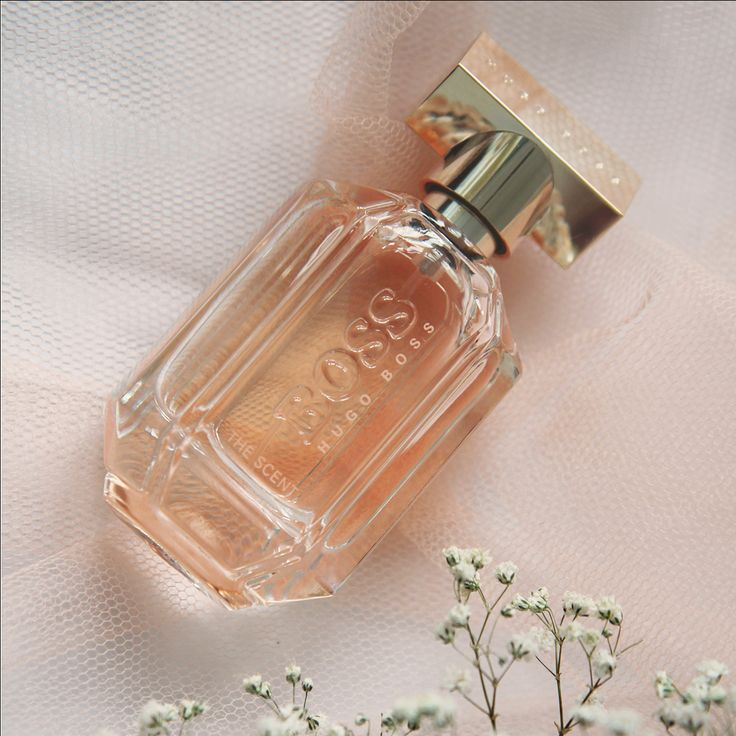 BOSS THE SCENT FOR HER exudes feminine elegance, warmth and sensuality. More infos you can find here: https://www.flaconi.de/parfum/hugo-boss/boss-the-scent/hugo-boss-boss-the-scent-for-her-eau-de-parfum.html?som=pinterest.post.flaconi_stuff_to_buy_160902.
