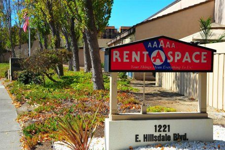 Looking for a self storage unit in West Maui? 5A Rent-A-Space offers secure & affordable storage to meet your industrial & personal storage needs. For more info visit: 5aspace.com