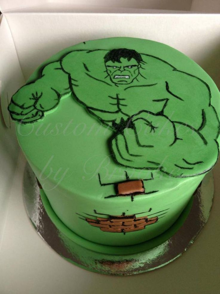 Who Doesnt Love The Hulk Vanilla Mud Cake The Hulk And Bricks Were Hand Cut And Hand Painted