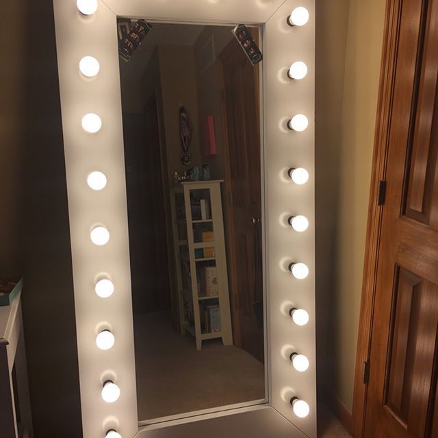 Oh Yes The Vainpot In Me Wants A Selfie Mirror Like This Come On I Can T Be The O Full Length Vanity Mirror With Lights Diy Mirror With Lights Ikea Mirror