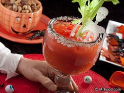 Looking for some Halloween punch recipes for this weekend's party? Check out 6 of our favorites!