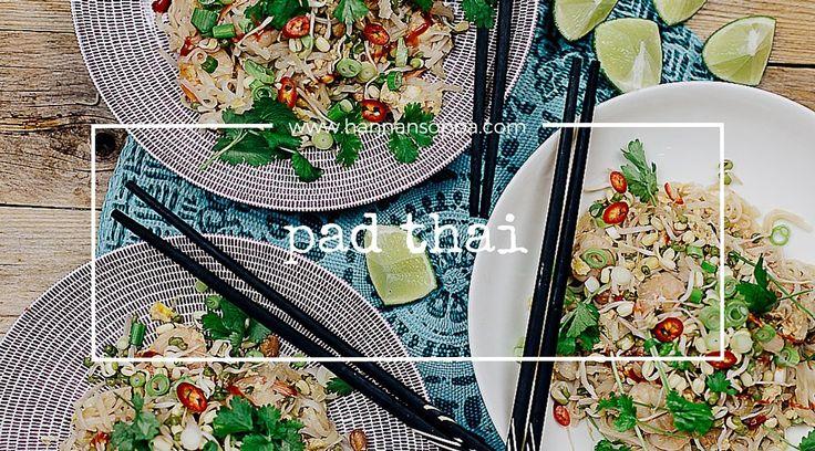 PAD THAI (THAIMAALAISET PAISTETUT NUUDELIT)