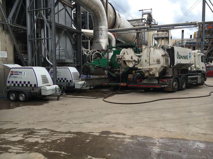 UHP Cleaning Hydrodynamiczne wysokociśnieniowe czyszczenie Zespół Ormonde jest zaszczycony możliwością oferowania usług wysokociśnieniowego czyszczenia.  Wykonujemy specjalistyczne usługi hydrodynamicznego czyszczenia polegające na skierowaniu na czyszczone powierzchnie strumienia wody pod ciśnieniem od 100 do 2500 bar z użyciem specjalistycznych głowic czyszczących.