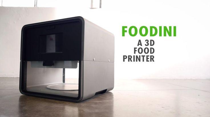 Стартап Natural Machines представил устройство Foodini, которое они позиционируют как «3D-принтер для кухни». Устройство, которое в середине этого года поступит в продажу по цене $1300, способно «печатать» блюда из нескольких составляющих. Составляющие необходимо самостоятельно размалывать до консистенции пасты и раскладывать по контейнерам.