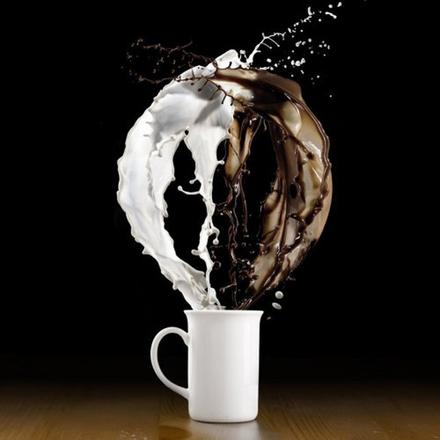 Latte: Hot Chocolate, Coff Splash, Black And White, Coff Dramas, Cafe Con, Splash Photography, Art, Black White, Blog