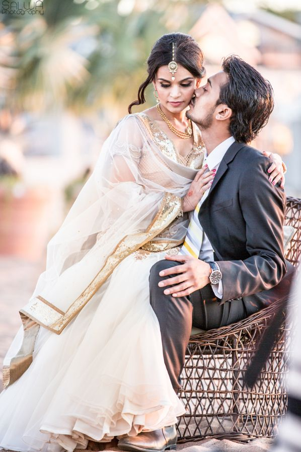 Love Kiss Couple Desi Sari White Dulha Dulhan Weddings -7564