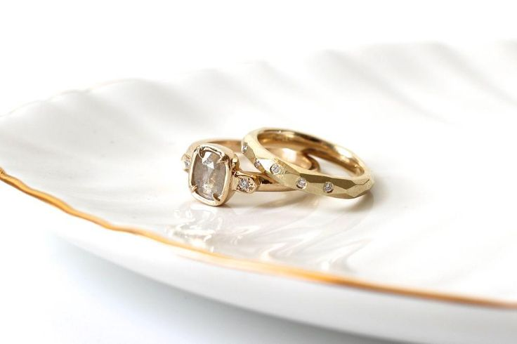 Champagne Diamond Claw Ring & Faceted Diamond band.  Alternative bridal jewelry by Yuliya Chorna Jewellery.