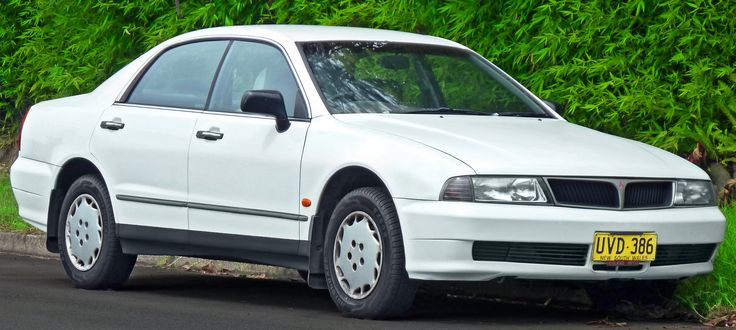 1996 Mitsubishi Magna (TE) Executive/ Advance sedan with an Australian-made V6 engines with a 3.0-litre capacity (codenamed 6G72) for the Magna and a 3.5-litre displacement for the Verada (codenamed 6G74). The V6 returned official city and highway fuel consumption figures of 10.5 L/100 km (22 mpg-US) and 6.6 L/100 km (36 mpg-US), respectively.