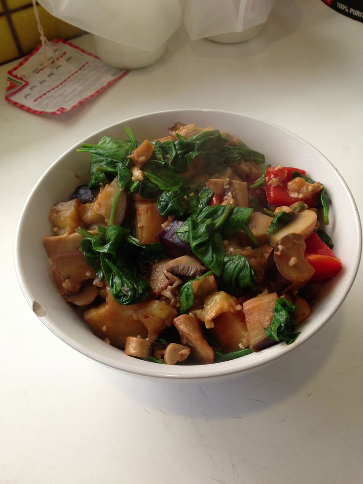 Sautéed eggplant, mushrooms, red capsicum, and baby spinach leaves, with lime juice and cayenne pepper