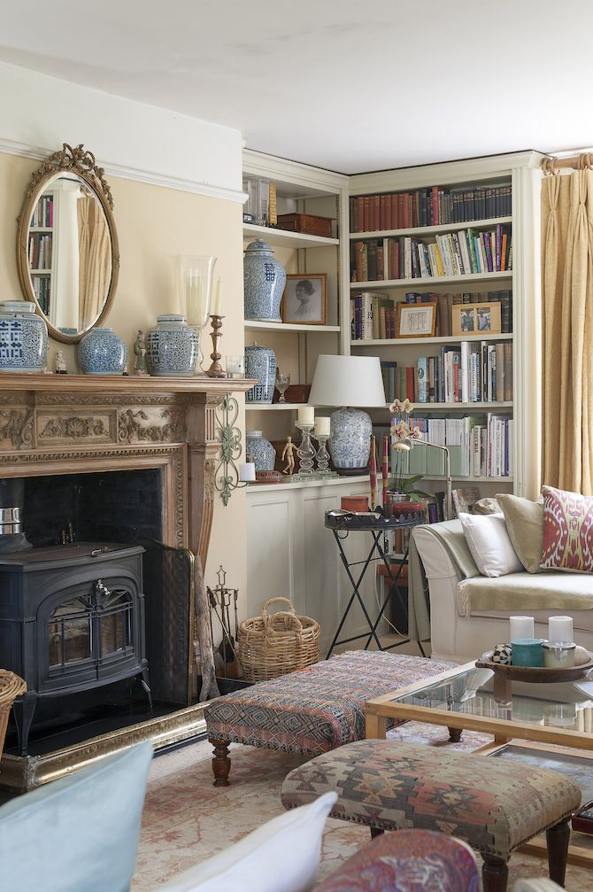 Scattered around the living room are many antique finds from Ardingly Antiques Fair, where Debbie is a regular visitor. #WTinteriors #interiors