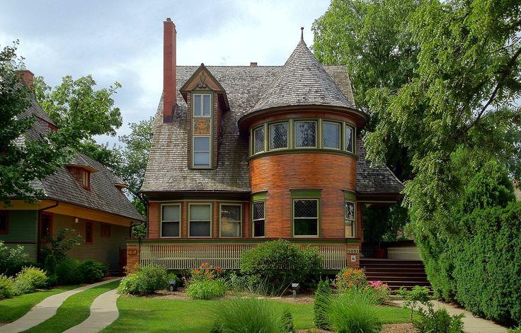 Frank Lloyd Wright's Oak Park, Illinois Designs: The First Decade 1889-1899