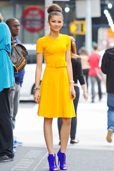 zendaya coleman in tumeric yellow dress & cobalt blue peep-toe booties---I love