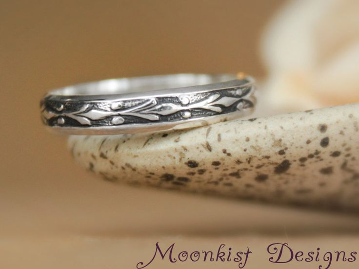 Fleur de Lis Wedding Band in Sterling - Silver Narrow Floral Pattern Band - Silver Fleur de Lis Wedding Ring - Anniversary Promise Band - by moonkistdesigns on Etsy https://www.etsy.com/listing/219796464/fleur-de-lis-wedding-band-in-sterling