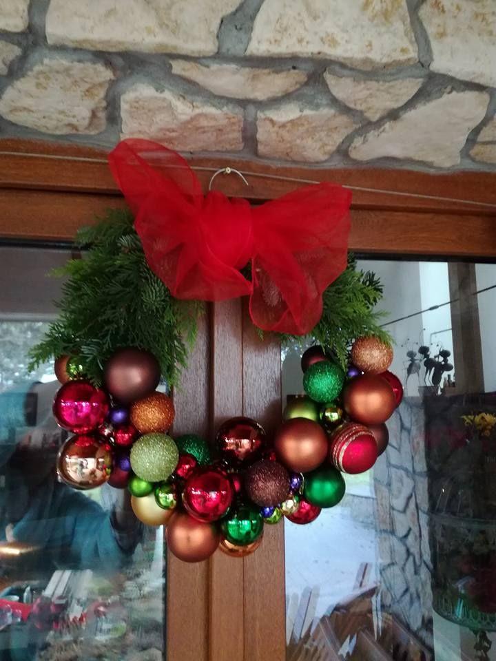 2016 Vianočný veniec z vianočných gúľ I.