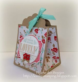Giftbag met Scallop tag topper punch. Use the translator...